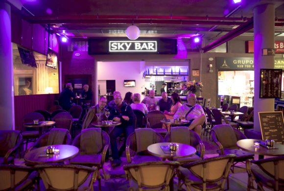 Sky Bar Cocktails & Wine Bar
