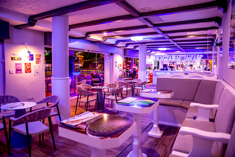 Blue Havana Lounge Bar Cocktail