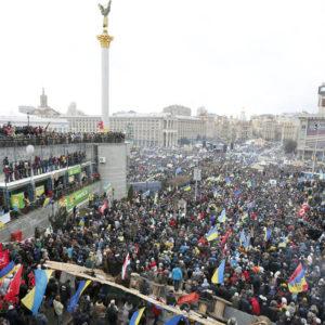 unos 7.000 manifestantes piden igualdad de derechos para el colectivo LGBT en las calles de kiev