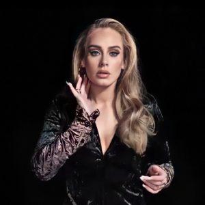 Adele finalmente revela el título y la fecha de lanzamiento del sencillo de regreso